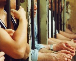 Avocatul Poporului va verifica cum sunt tratati detinutii