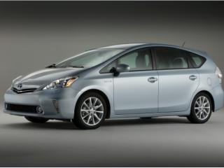 Toyota anunta doua noi modele Prius, unul pentru familii si unul de oras