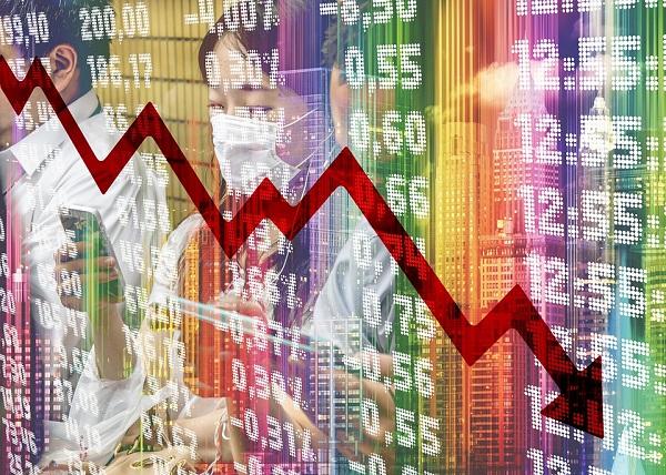 Beneficiile crizelor economice: in doar 10 ani, economistii au primit doua lectii practice care valoreaza mai mult decat toata teoria invatata la scoala