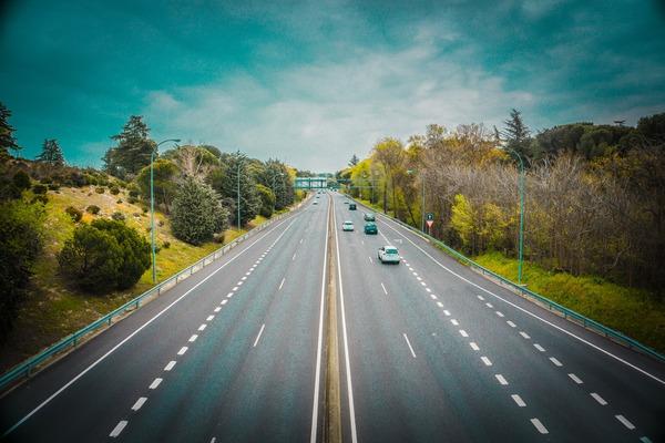 CNAIR are aplicatie pentru parcarile si spatiile de servicii aferente drumurilor nationale si autostrazilor