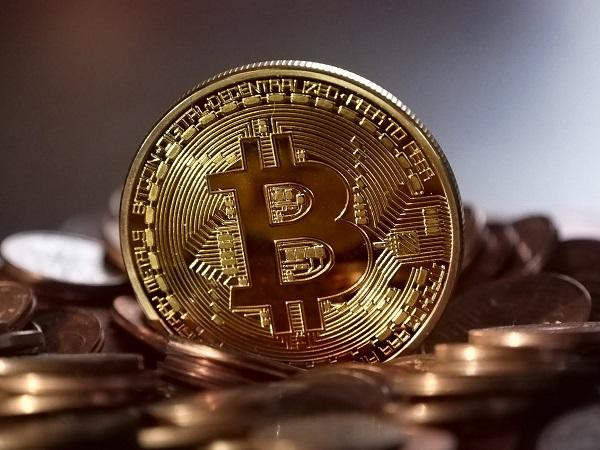 Cateva povesti reale din lumea monedelor virtuale