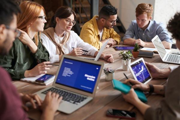 Bucurestiul ramane fruntea in materie de startup-uri tech. Urmeaza judetele Cluj, Timis si Bihor