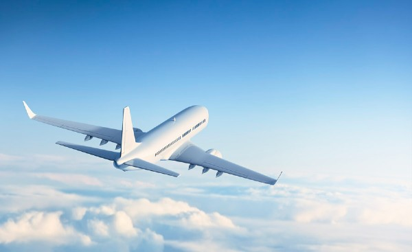 Companiile aeriene incep sa vada luminita de la capatul tunelului: Aproape se atinge numarul de zboruri operate inainte de pandemie