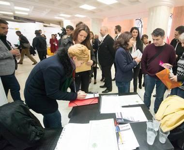 Peste 20.000 de CV-uri depuse la Companiile Municipale ale Bucurestiului