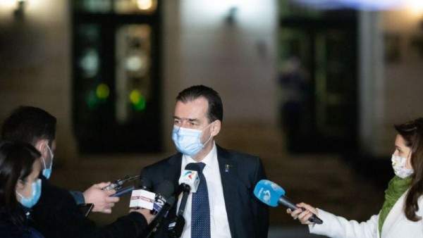 Dincolo de demisia primului ministru si delirul Opozitiei