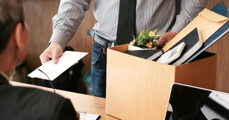 Managerii vor fi loviti de un tsunami: Angajatii au demisiile semnate si asteapta momentul oportun sa isi schimbe jobul. Este situatia iremediabila?