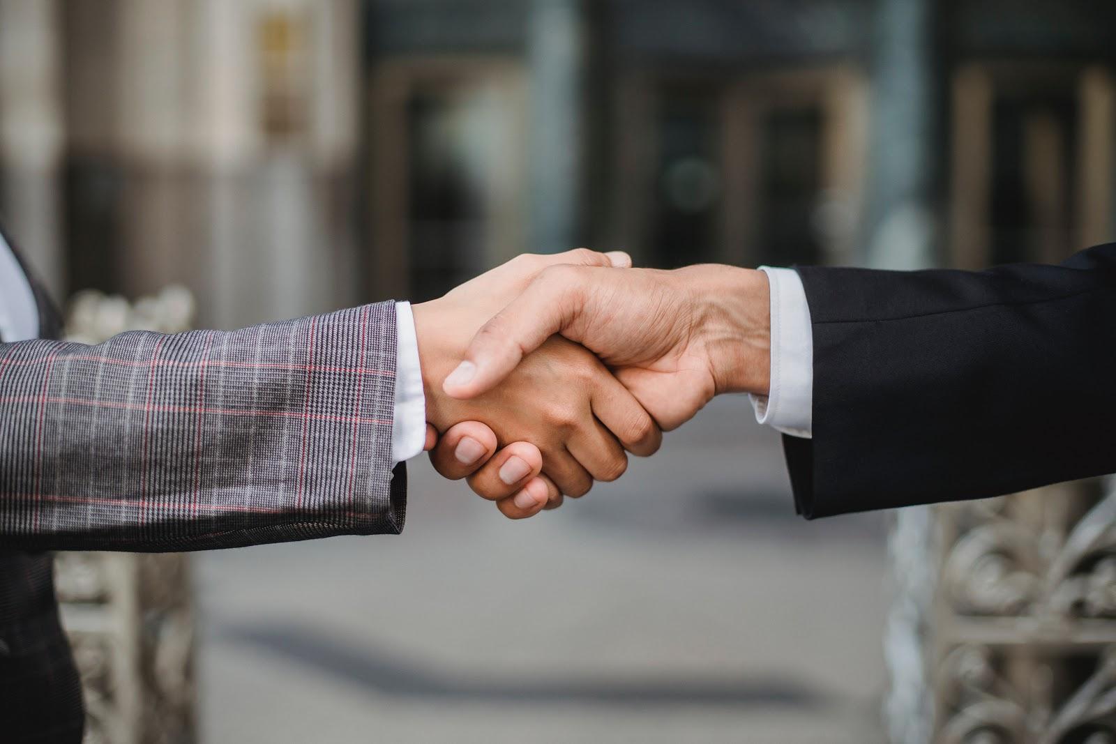 Cele mai bune sfaturi pentru a castiga respectul colegilor de munca
