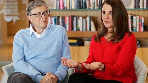 Bill Gates divorteaza, dupa 27 de ani de casnicie