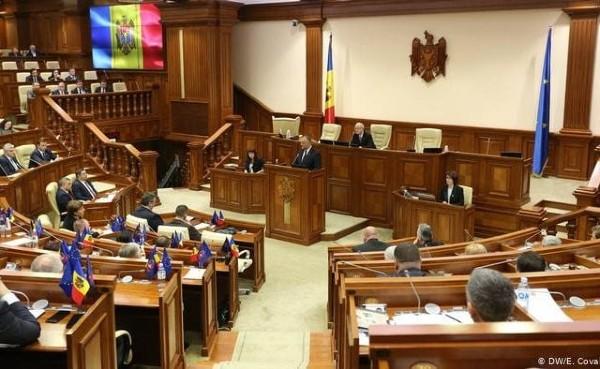 Parlamentul Moldovei a fost dizolvat. Maia Sandu: Puterea este acum in mainile poporului