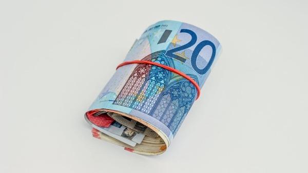 Consiliul Bugetar European propune plafonarea datoriei pe termen-mediu la 60 din PIB Ce se intampla cu MTO