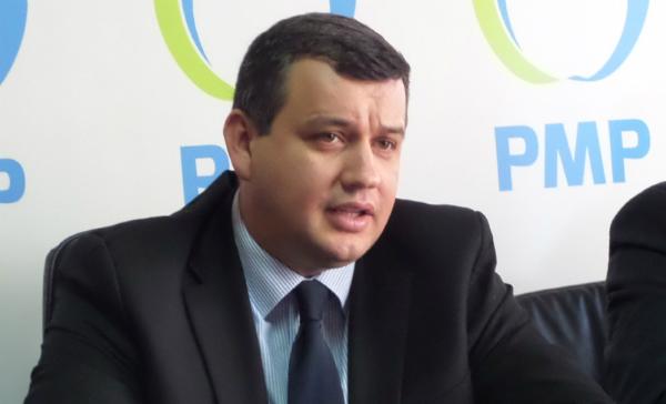 PMP: Romania se pregateste sa se imprumute pentru a putea plati pensiile si salariile. Teodorovici are o mentalitate de discotecar