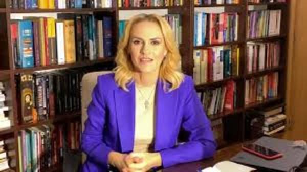 Gabriela Firea refuza sa accepte infrangerea si spera sa ocupe locul lui Traian Basescu la alegerile din 2009