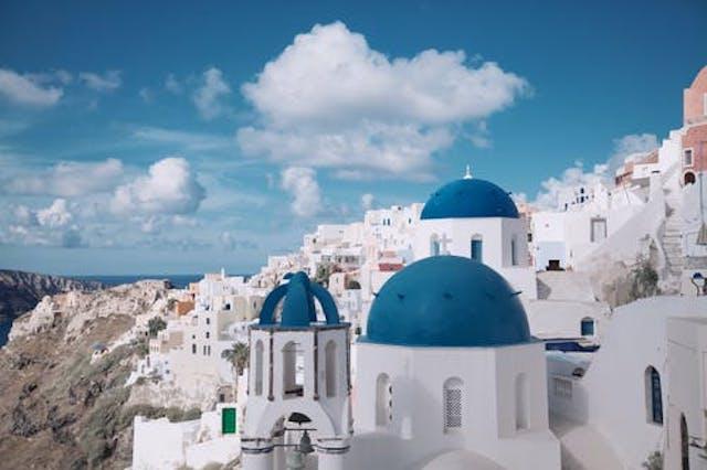 Granitele Greciei se redeschid pentru turistii romanii incepand din 16 aprilie