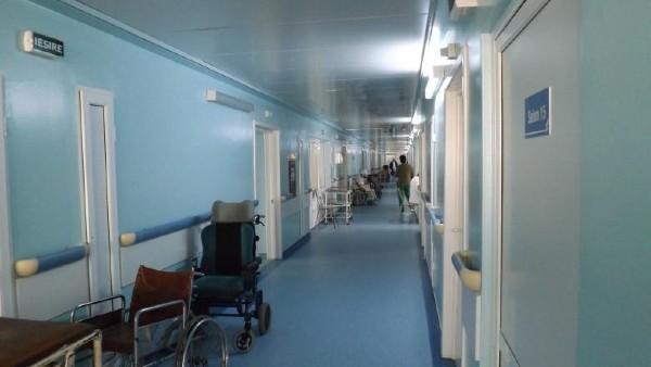 Se blocheaza internarile in spitalele publice si de stat. Cazurile care nu sunt grave, vor fi externate in urmatoarele 2 zile