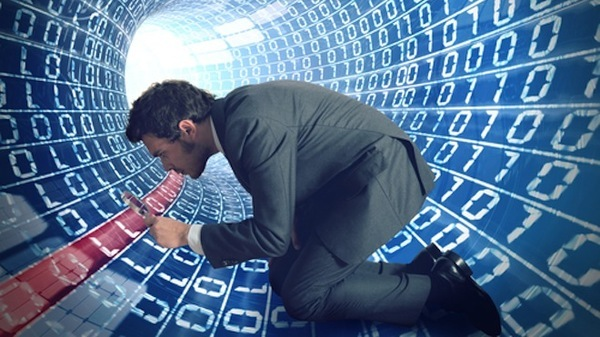 Inteligenta artificiala, arma tot mai multor banci in lupta cu frauda si criminalitatea financiara
