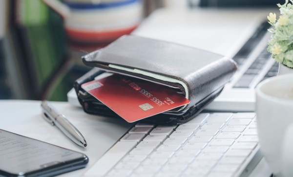 Mastercard elimina PIN-ul de la carduri si introduce amprenta digitala