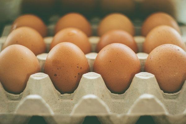 Cumperi oua pentru masa de Paste? Iata ce ar trebui sa stii