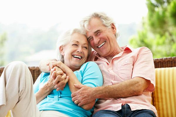De la 1 aprilie, beneficiarii de pensii private Pilon II si Pilon III isi pot esalona incasarile