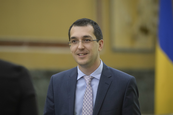 Sondaj: Candidatul USR-PLUS la Primaria Capitalei va castiga detasat alegerile in fata Gabrielei Firea