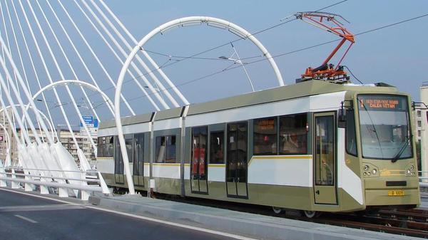 Primaria Bucuresti vrea sa cumpere 100 de tramvaie noi