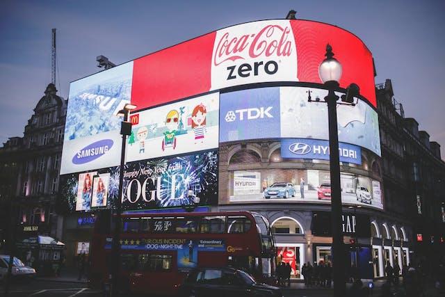 Real Time Marketing - ce este si care sunt cele mai bune 10 campanii din ultimii ani