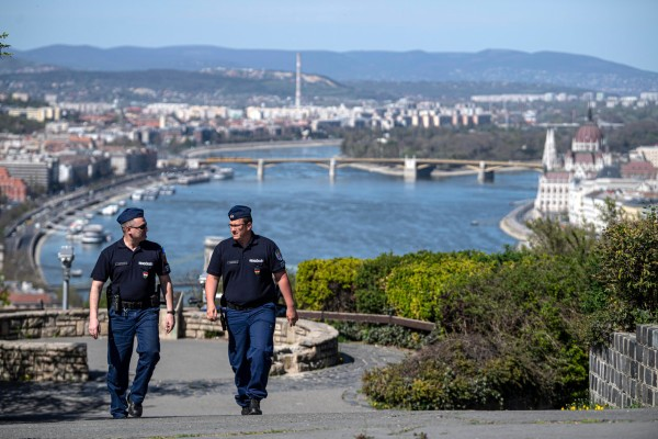 ULTIMA ORA. Noi restrictii de circulatie la frontiera cu Ungaria