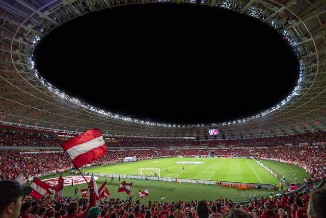 Romania, in pericol de a pierde organizarea Euro 2020? Stadioanele nu exista, metroul, calea ferata si autostrada, nici gand!