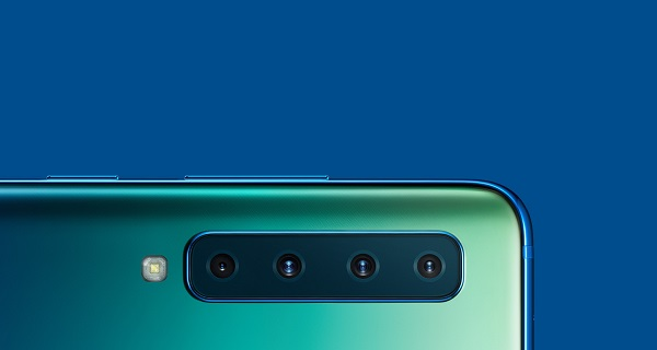 Samsung a prezentat primul smartphone din lume cu patru camere pe partea din spate. Cand va ajunge telefonul in Romania