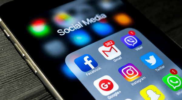 Retelele sociale revin la normal. Facebook, Instagram si WhatsApp explica problemele de miercuri seara