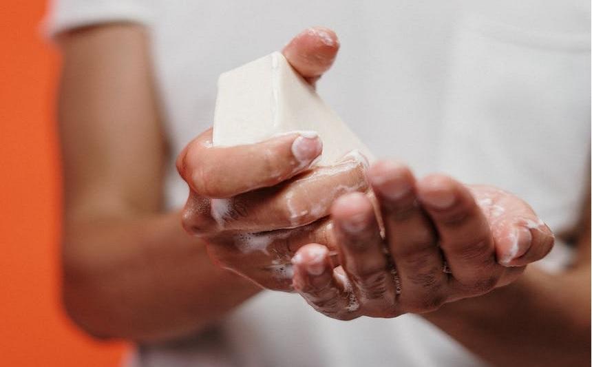 Stiati ca in urma cu 150 de ani oamenii nu se spalau pe maini?