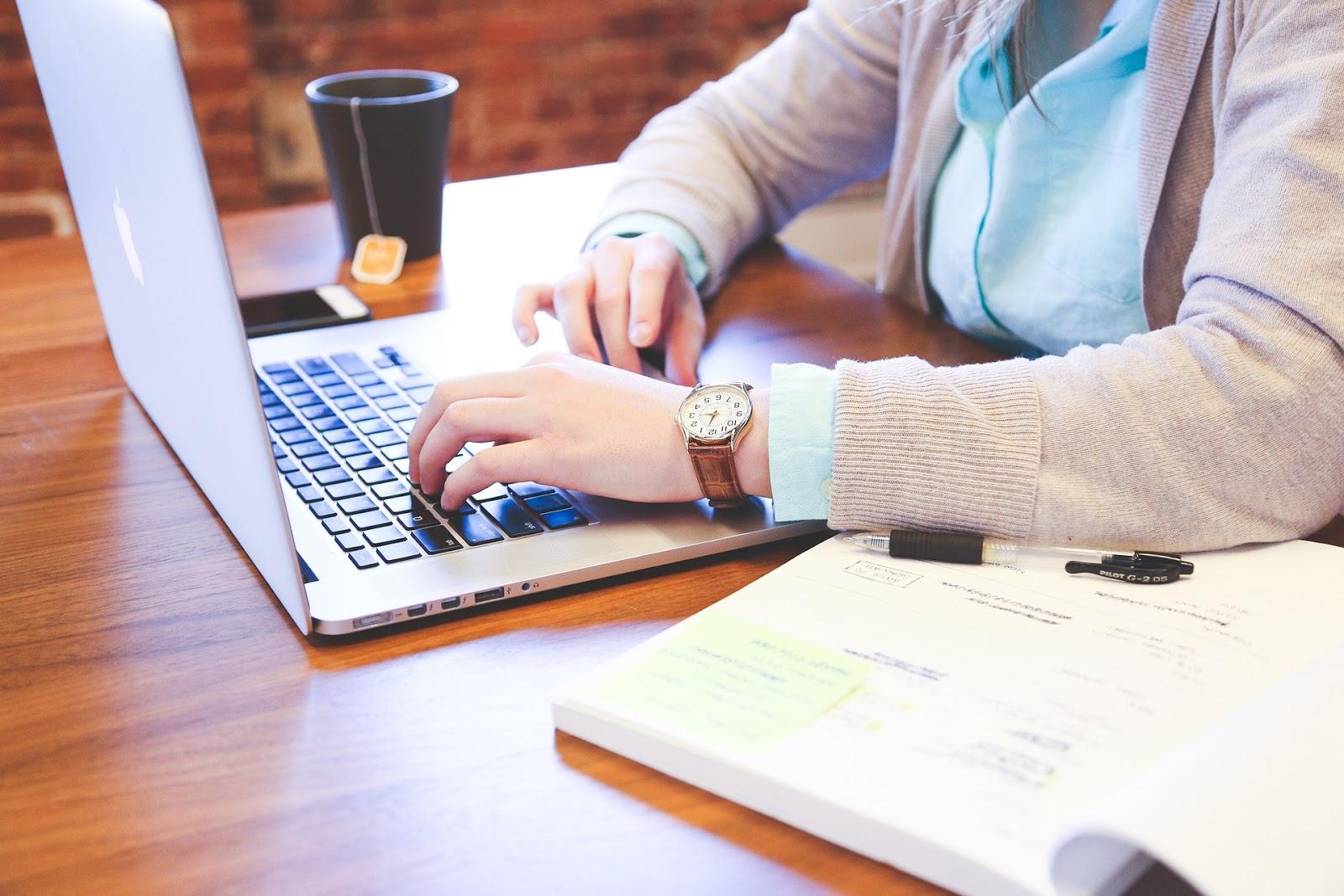 cum să faci bani stabili online