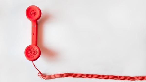 Numar de telefon dedicat persoanelor vulnerabile afectate de pandemie