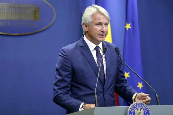 Teodorovici: Rambursarea taxei auto se va face pana la sfarsitul lunii mai