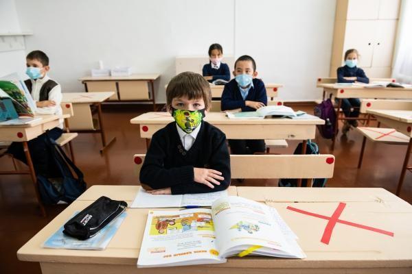 Ministrul Educatiei: E o chestiune de zile pana cand testele pe baza de saliva vor ajunge in scoli