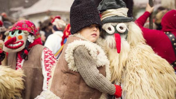 Traditii si obiceiuri de Anul Nou - Ce este INTERZIS sa faci in noaptea de Revelion
