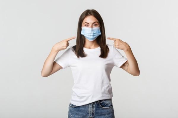 Efectele psihologice pozitive, resimtite de unii oameni care poarta masca de protectie
