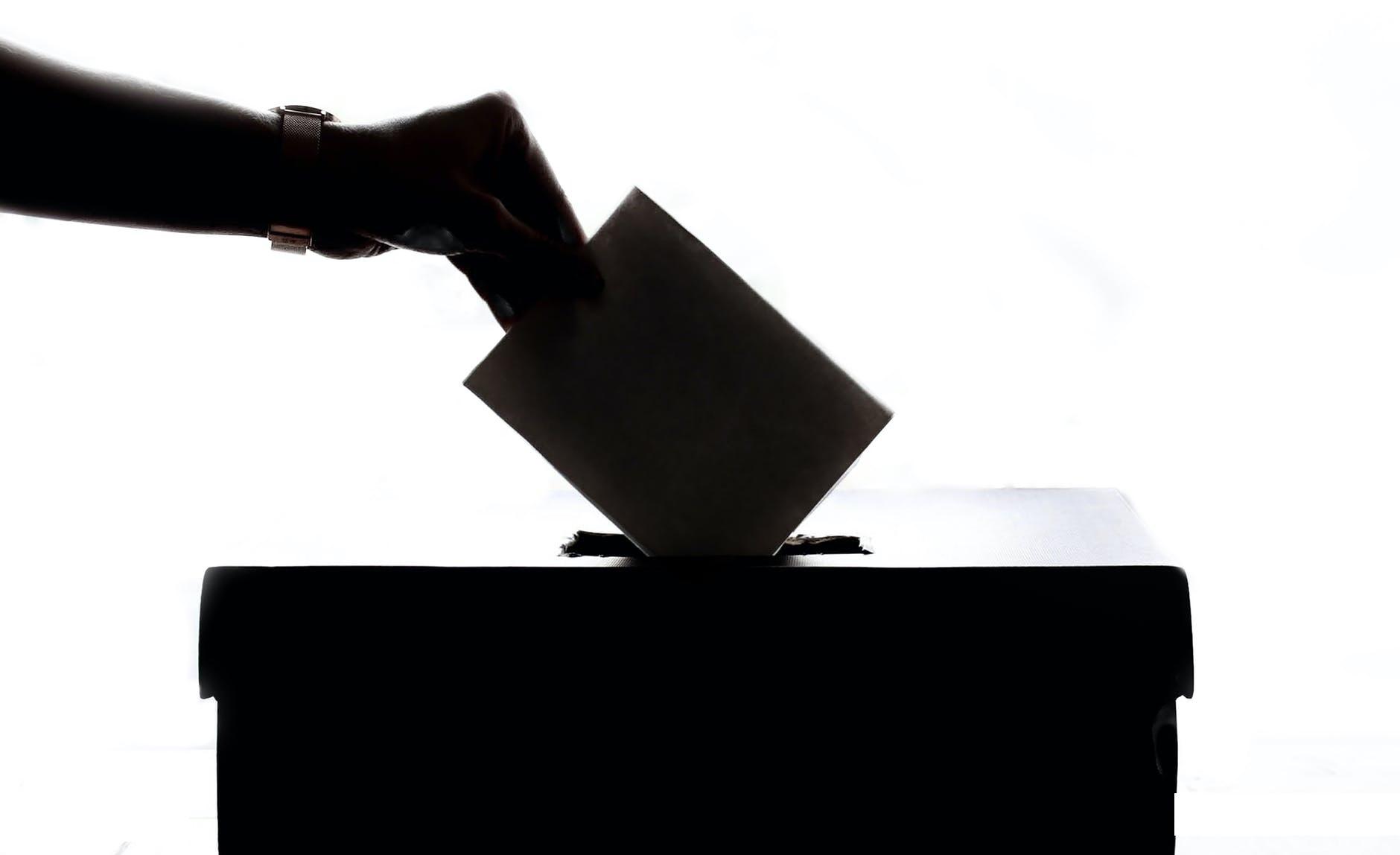 Vin alegerile. Ce vrem de la politicienii nostri?