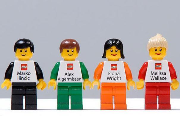 Carte de vizita LEGO
