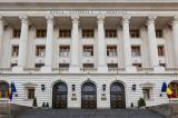 Romanii economisesc mai mult decat imprumuta: depozite de 404,121 miliarde de lei, credite de 279,172 miliarde