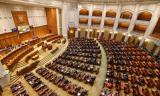 Update: Parlamentul a adoptat prelungirea starii de urgenta. Dar a pus conditii Guvernului
