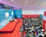 Peste 40 de speakeri locali si internationali si 1 000 de developeri si pasionati de tehnologie