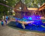 Peste 100.000 de turisti au vizitat Dino Parc Rasnov in primele doua luni de la deschidere