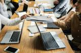 Fiecare internship transformat in angajare aduce firmelor 1.000 Euro de la stat