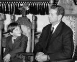 LECTIA DE MANAGEMENT: Regele Mihai, Principele Nicolae si esecul istoric al unui plan de succesiune