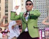 PSY si Gangnam Style au batut YouTube