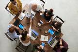 Tot mai multe companii isi indreapta din nou atentia catre candidatii de peste 40 de ani pentru pozitiile de management