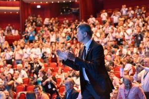 USR si-a desemnat candidatul pentru alegerile prezidentiale: Dan Barna