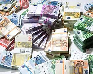 """Peste 5 miliarde de euro """"uitate"""" in conturi elvetiene"""