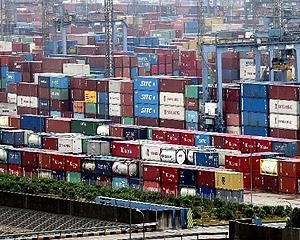 China a intrecut SUA in comertul de marfuri la nivel mondial