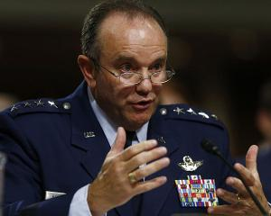 NATO ar putea intrevedea o prezenta permanenta in Europa de Est